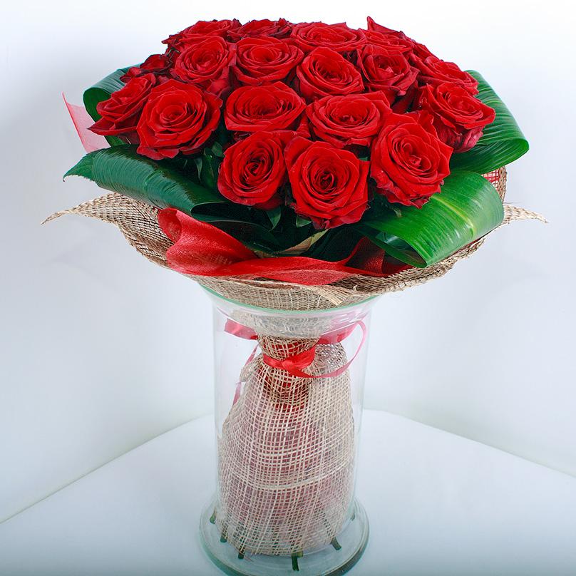 Фото 25 красных роз