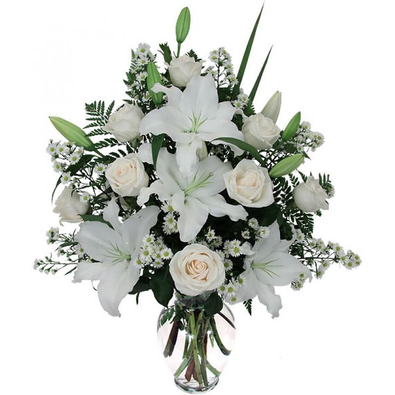 Фото Букет из белой лилии и белой розы с зеленью