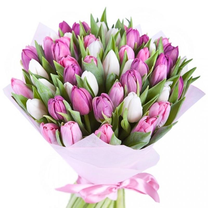Фото Букет из тюльпанов в розово-сиреневых тонах