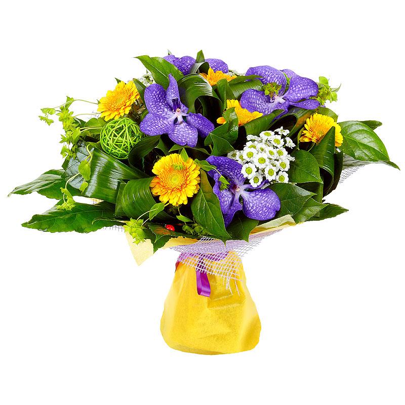 Фото Букет с орхидеей, герберой, хризантемой и зеленью