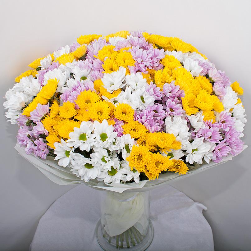 Фото Букет из 45 кустовых хризантем микс