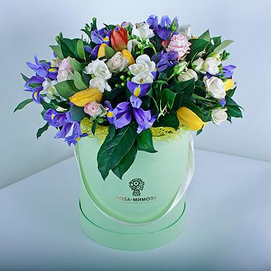 Цветочный фреш в шляпной коробке