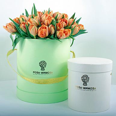 51 оранжевый тюльпан в зеленой коробке