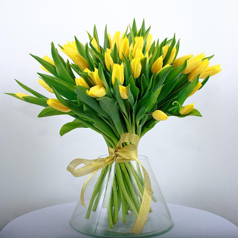 Фото Букет из желтых тюльпанов