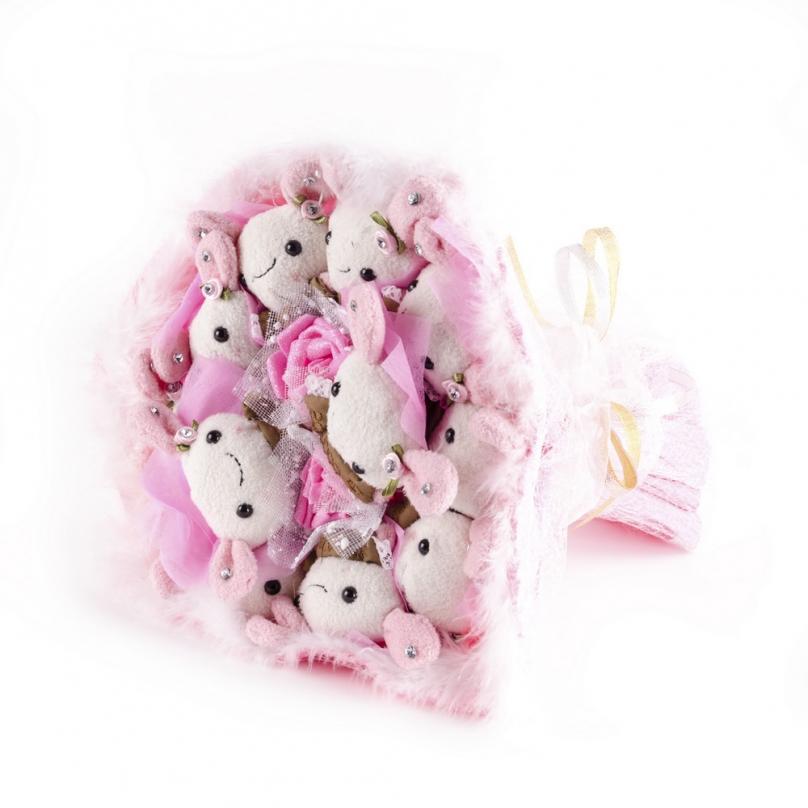 Фото Букет из 7 зайцев (мягкие игрушки)