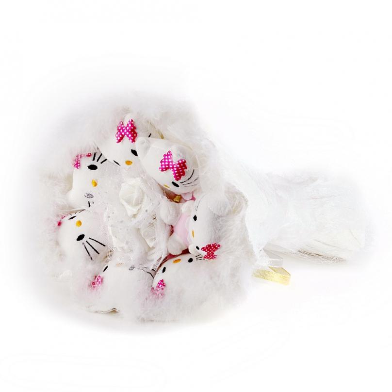 Фото Белый букет из мягких игрушек