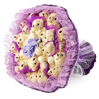 Фиолетовый букет из игрушек