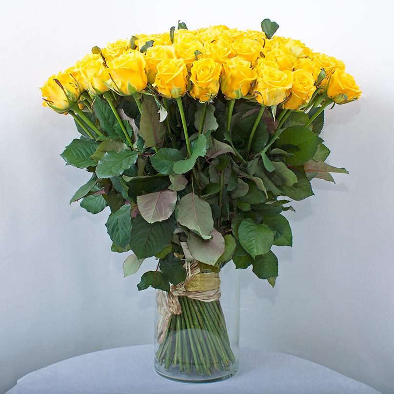 Фото 101 желтая роза