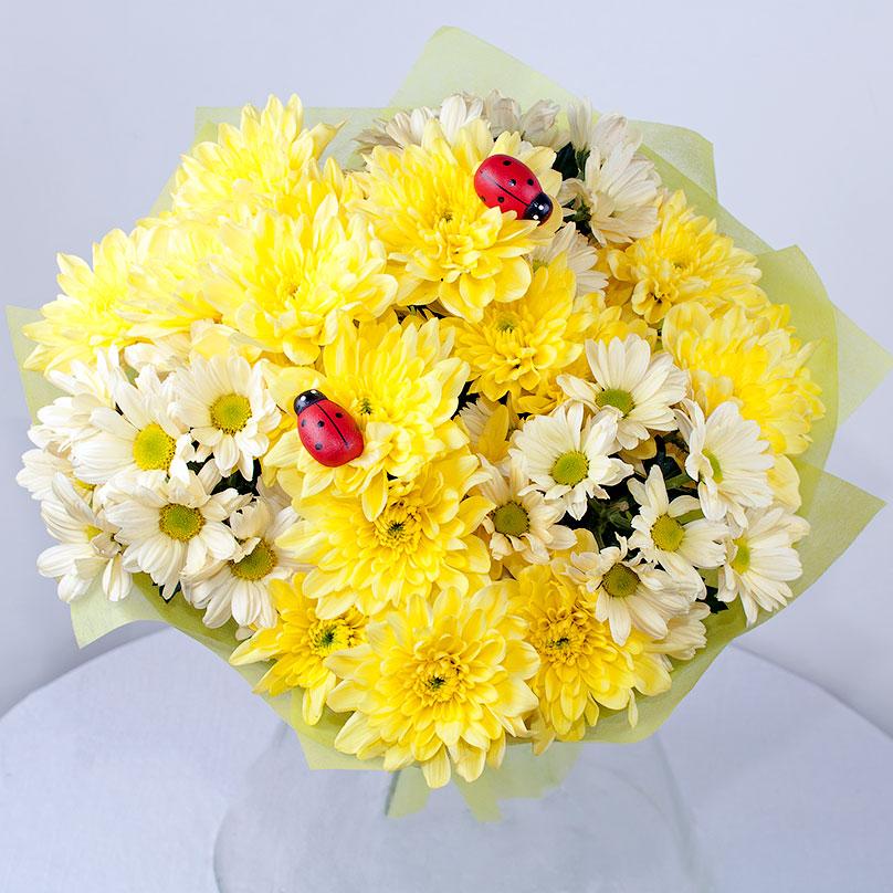 Фото Букет кустовых хризантем