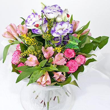 Комплимент с эустомой, альстрамерией и розами
