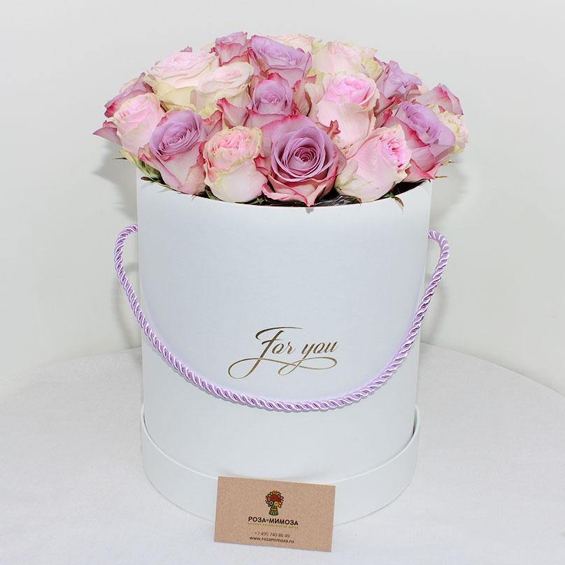Фото Шляпная коробка c кенийскими розами