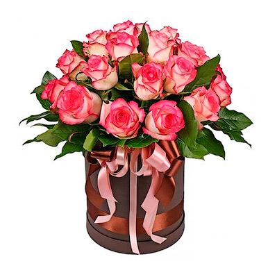 19 стойких роз в миникоробке