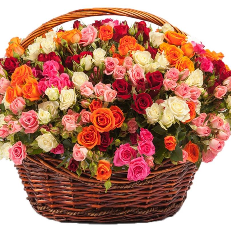 Большая корзина с цветами